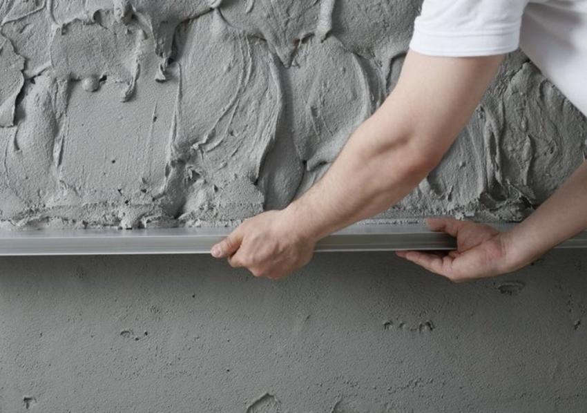 Ako pripravit podklad pod betonovu stierku na jadrove a sadrove omietky